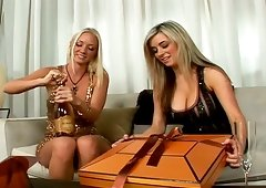 A Duo bosomy blondes satisfy every other in an awesome lesbian scene