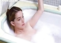 Bubble Bath With Lesbians Melanie Mayron and also Nicole Vicius