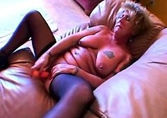 Hardcore mature granny toying her pussy banging and plus facials
